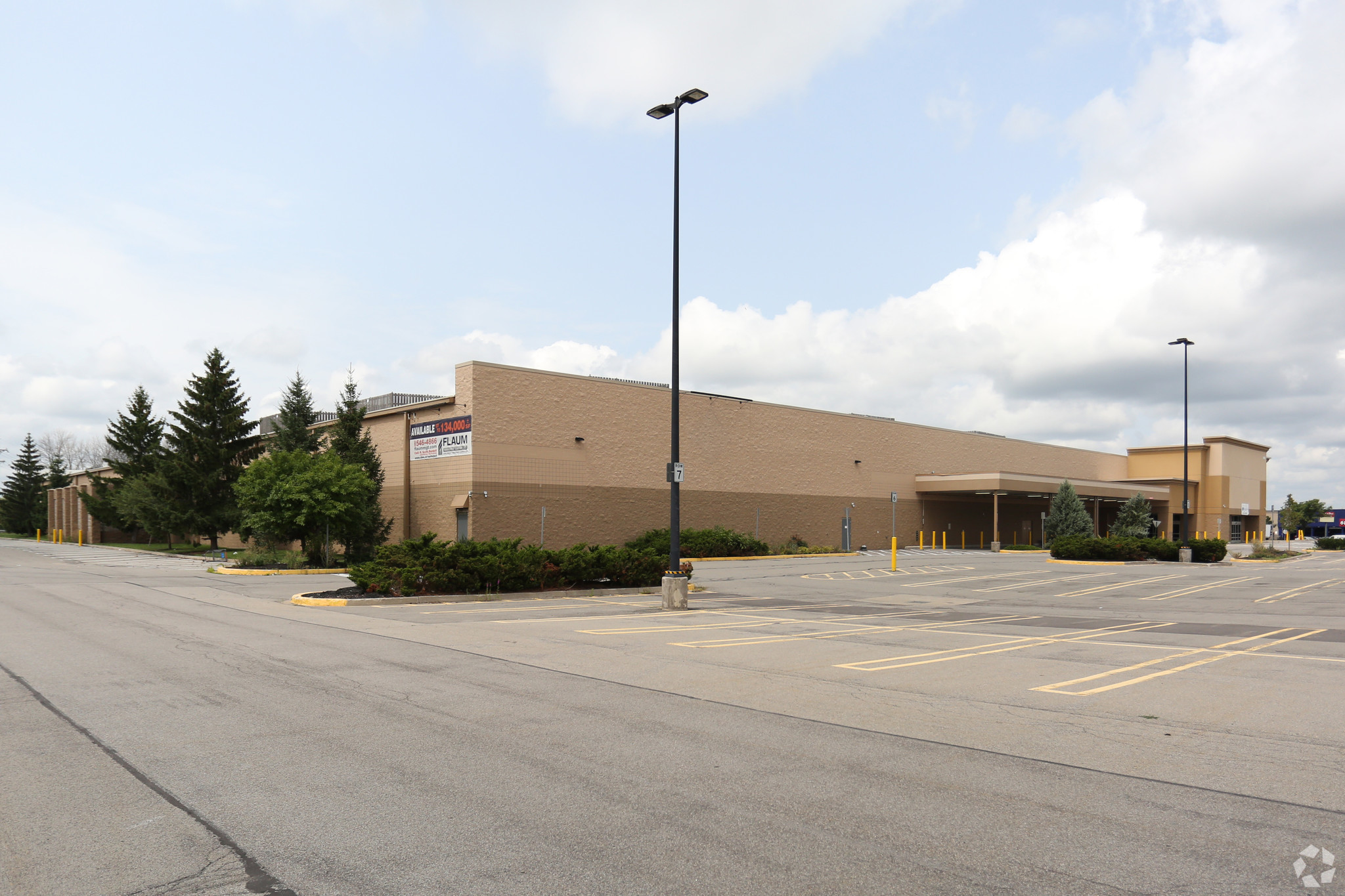 1600 Marketplace Dr, Rochester, New York 14623, ,Retail,For Lease,Marketplace Dr,1022